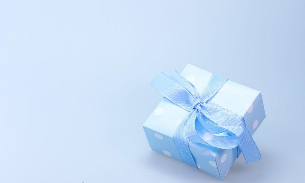 Dzień Kobiet – co podarować ukochanej, najlepszy prezent.