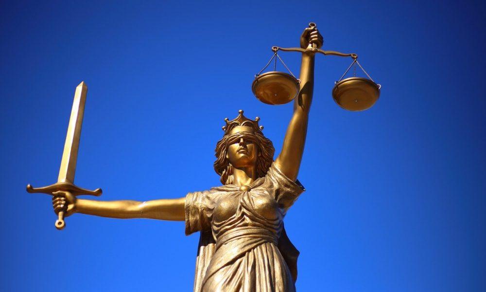W czym zdoła nam wesprzeć radca prawny? W jakich kwestiach i w jakich kompetencjach prawa wspomoże nam radca prawny?